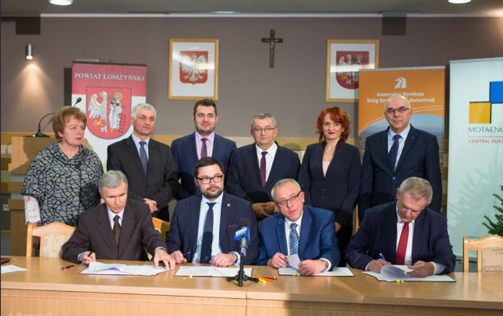 Signing a contract for construction of the Łomża bypass